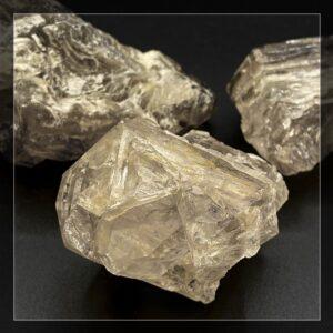 Naturbelassene Kristalle