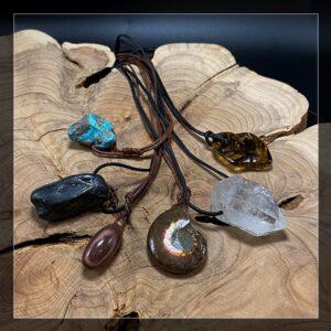 Gebohrte Steine